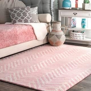 Nuloom Pink Handmade Wool Viga Chevron Medallion Area Rug 7 6