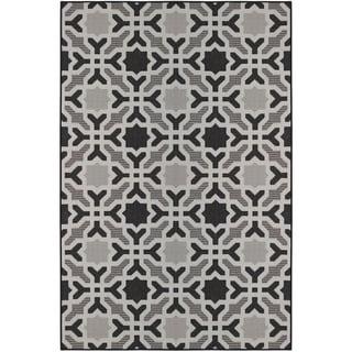 Laurel Home Black (5'x8') Indoor / Outdoor Rug - 5' x 8'