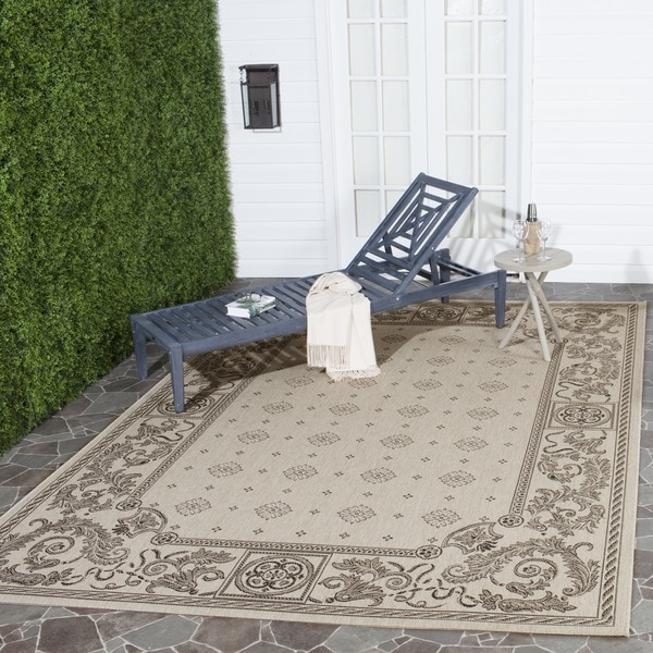 Safavieh Beaches Natural/ Black Indoor/ Outdoor Rug (8' x 11')