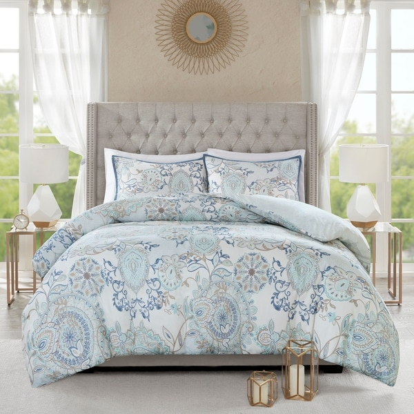 Madison Park Loleta 3 Piece King - Cal King Size Cotton Reversible Duvet Cover Set in Blue (As Is Item). Opens flyout.