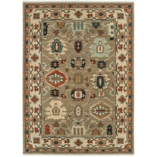 "Tribal Border Tan/ Ivory Spaced Dyed Wool Area Rug - 6'7"" x 9'6"""