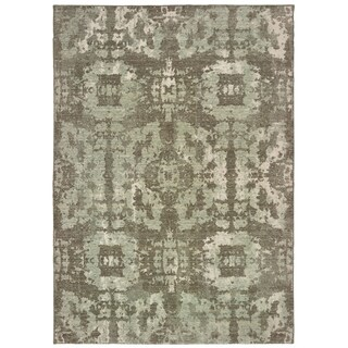 "Distressed Tribal Grey/ Green Area Rug - 6'7"" x 9'6"""