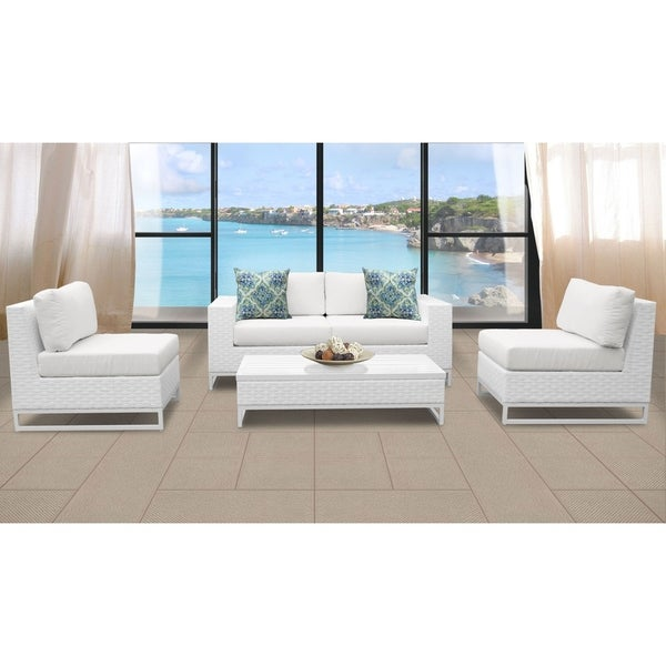 Furniture Clearance Miami: Shop Miami 5 Piece Outdoor Wicker Patio Furniture Set 05g