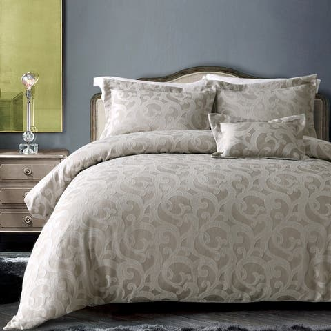 California Design Den Hotel Windsor Scroll 4 Piece Comforter Set