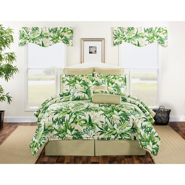 Hatteras green tropical foliage with white flower comforter set