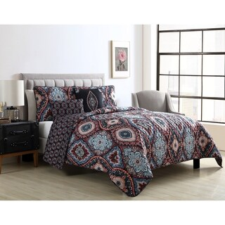 VCNY Home Coria Reversible Ogee Quilt Set