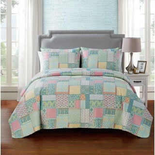 VCNY Home Ibiza Reversible Quilt Set