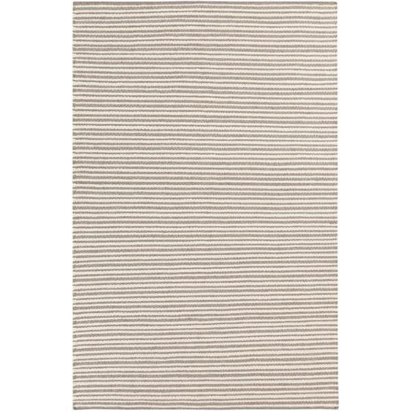 Hand-woven Rochey Wool Area Rug - 9' x 13'