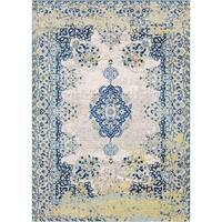Augusta Traditional Oriental Accent Rug - 2' X 3'