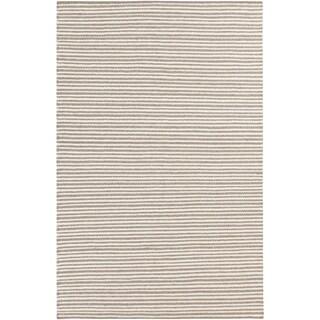 Hand-woven Rochey Wool Area Rug - 6' x 9'