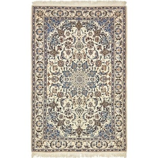 Hand Knotted Nain Wool Area Rug - 4' 4 x 7'