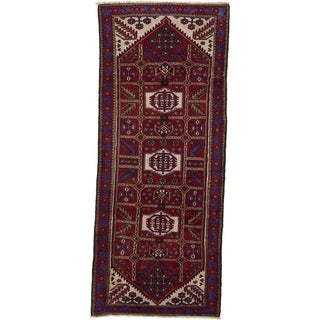 Hand Knotted Saveh Wool Runner Rug - 4' 1 x 9' 9