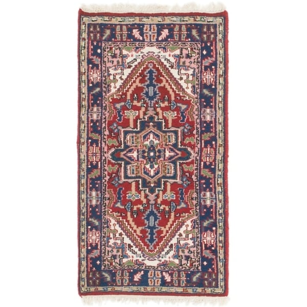 Hand Knotted Shiraz Wool Area Rug - 2' 5 x 4' 9