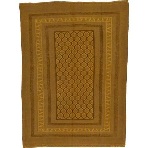 Hand Woven Sumak Wool Area Rug - 6' 6 x 9'