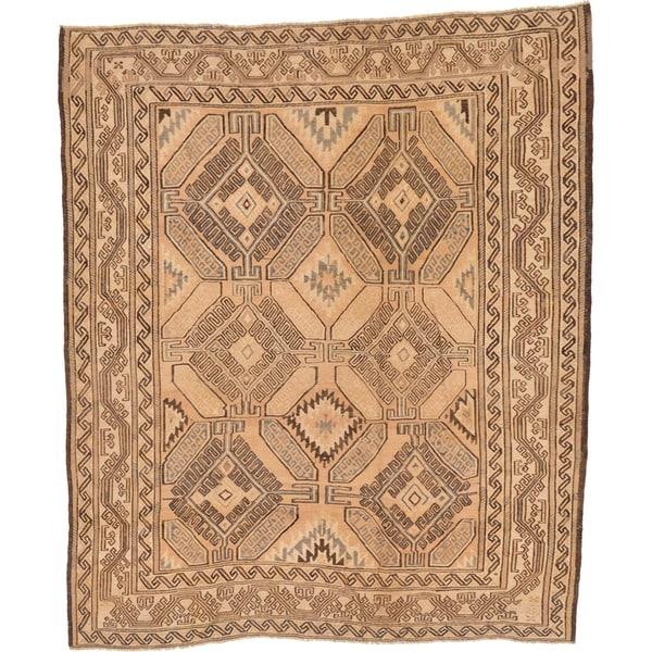 Hand Woven Sumak Wool Area Rug - 6' 6 x 7' 8