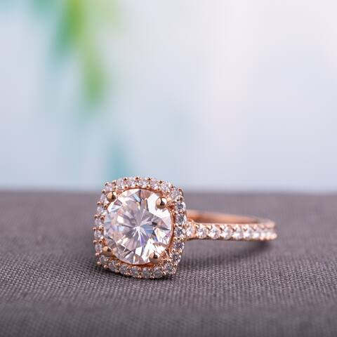 Miadora 2 1/2ct DEW Moissanite Halo Engagement Ring in 10k Rose Gold