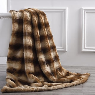 "Amrapur Overseas Faux Fur Reverse To Flannel Throw - 50"" x 60"""