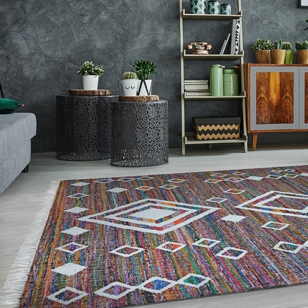 Hand-Woven Renewal Durga Multi-color Area Rug - 8' x 10'