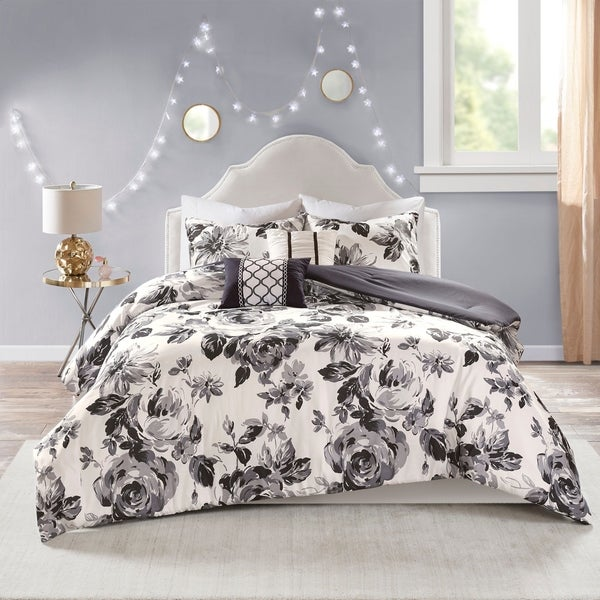 shop intelligent design renee black white floral print comforter set on sale free shipping. Black Bedroom Furniture Sets. Home Design Ideas
