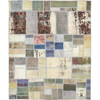 Hand Knotted Ultra Vintage Antique Wool Area Rug - 5' 7 x 6' 9