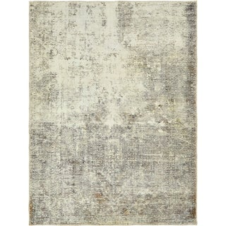 Hand Knotted Ultra Vintage Antique Wool Area Rug - 5' x 6' 6