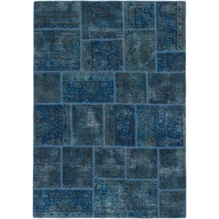 Hand Knotted Ultra Vintage Wool Area Rug - 4' 9 x 6' 9
