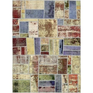 Hand Knotted Ultra Vintage Antique Wool Area Rug - 5' 9 x 8'