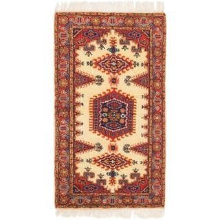 Hand Knotted Viss Wool Area Rug - 3' x 5' 5