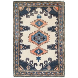 Hand Knotted Viss Semi Antique Wool Area Rug - 3' 8 x 5' 6