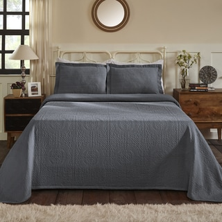 Superior Jacquard Matelasse Fleur-de-lis Bedspread King Size Set in Sage (As Is Item)