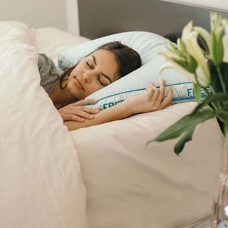 Freeze Pro - All Positions Hypoallergenic Cool Touch Pillow - White