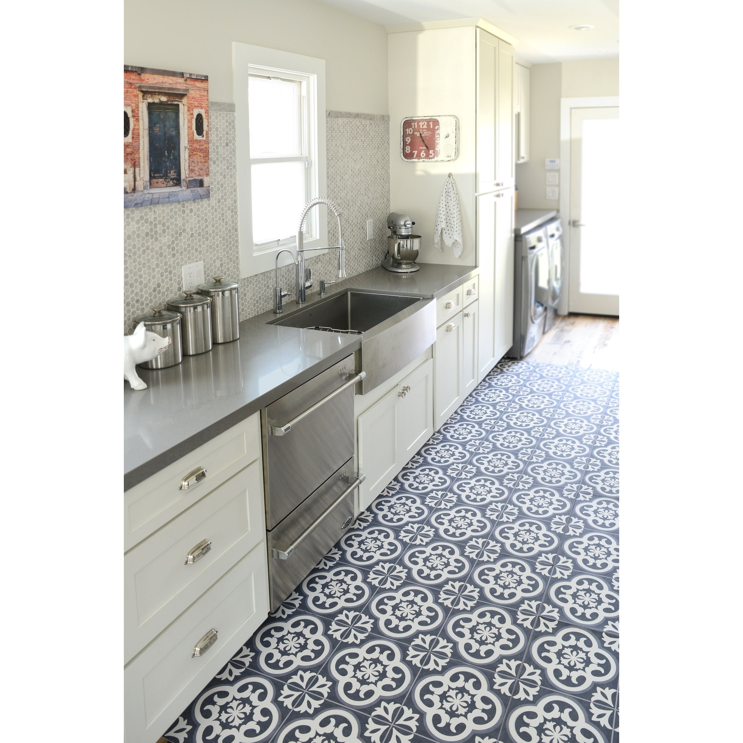 Floor Adorn Adhesive Decorative and Removable Vinyl Floor Tiles, Vintage  Tiles, 12\