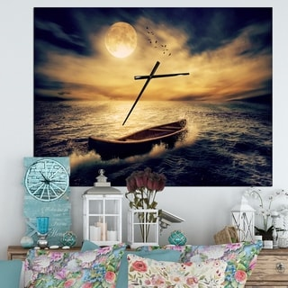Designart 'Middle of Ocean after Storm' Oversized Floral Wall CLock