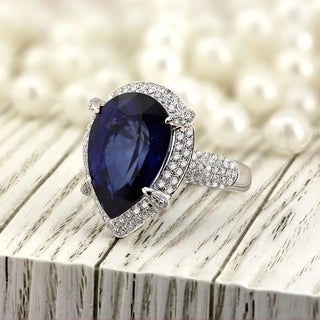 18k Vintage Inspired 14ct Pear Shaped Sapphire and 1.07ct TDW Diamond Engagement Ring by Auriya