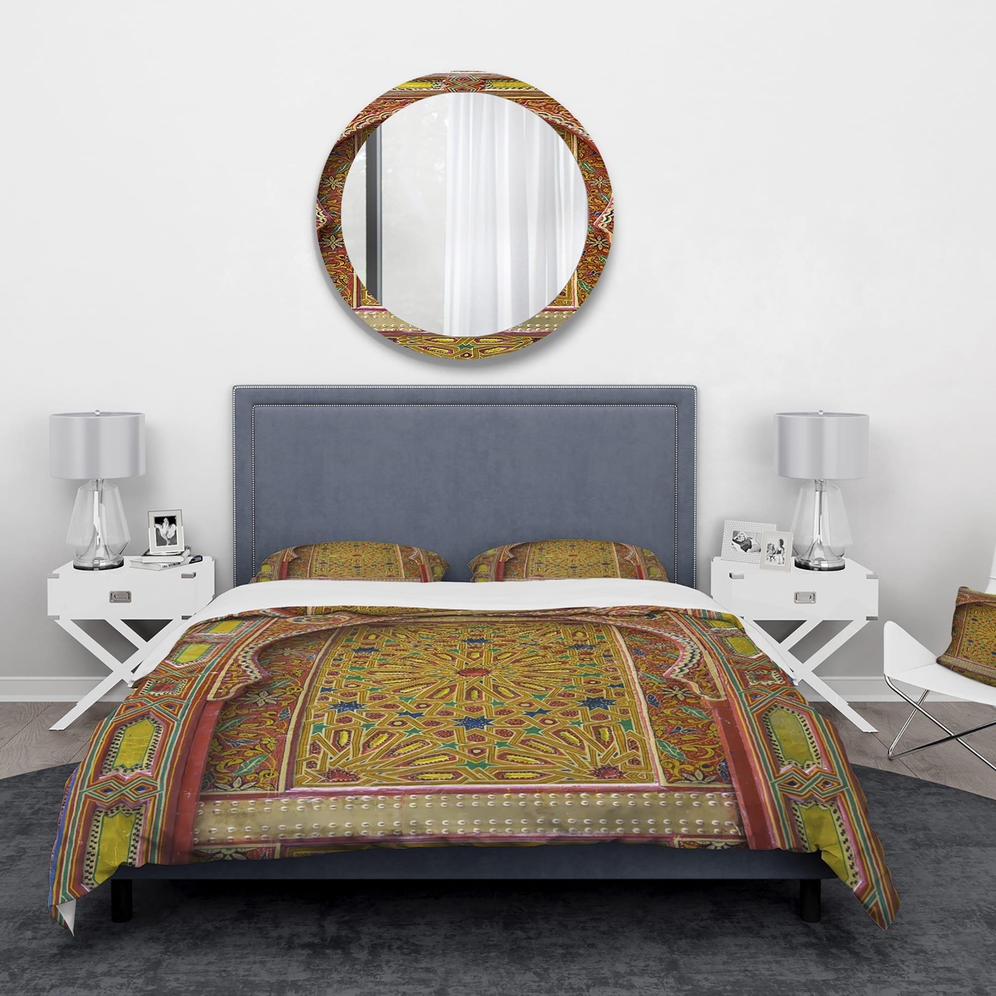 Designart \'Moroccan Entrance Door in Fez\' Vintage Bedding Set - Duvet Cover  & Shams