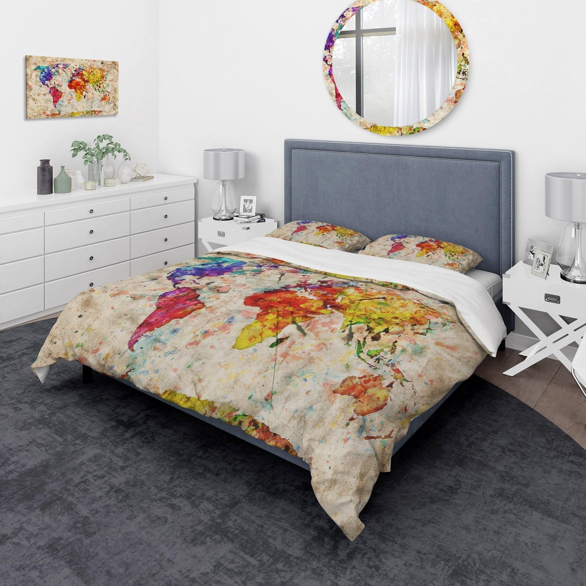 Designart \'Vintage World Map Watercolor\' Large Map Bedding Set - Duvet  Cover & Shams