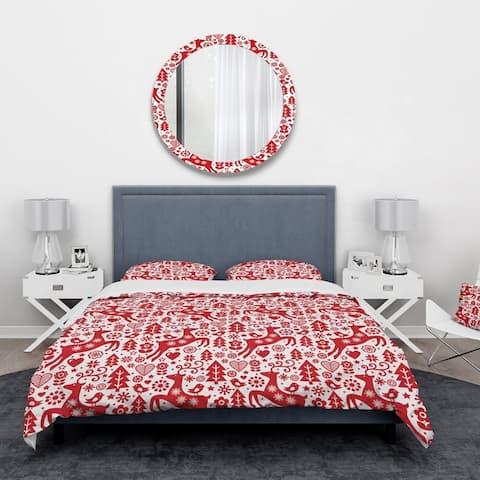 Designart' Scandinavian Raindeed with Little Birds and Christmas Tree' Animals Bedding Set - Duvet Cover & Shams