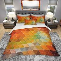 Designart 'Triangular Geometry Red, Gray and Green' Modern & Contemporary Bedding Set - Duvet Cover & Shams