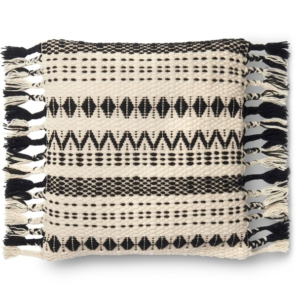 Woven Black/ White Geometric Wool 22-inch Throw Pillow with Tassels