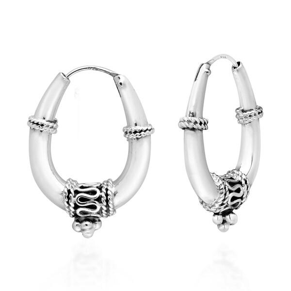 9ae11139f Handmade Balinese Shiny Oval Sterling Silver 20mm Hoop Earrings (Thailand)