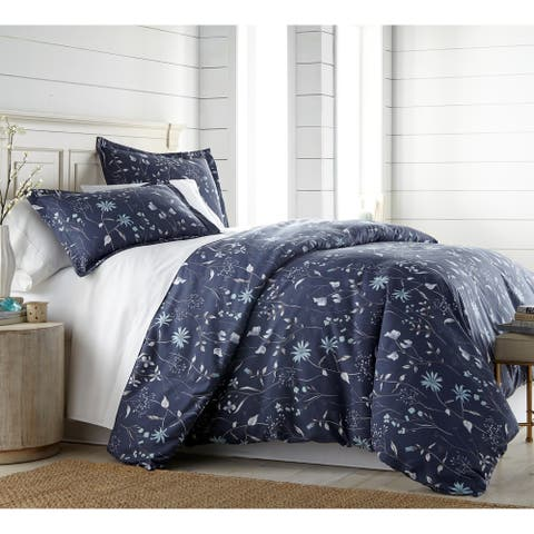 Vilano Plush All Seasons Secret Meadow Down Alternative 3-piece Comforter
