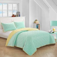 Mint Reverse To Sunshine Yellow Quilt Set