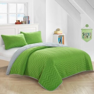 Green Reverse To Gray Quilt Set