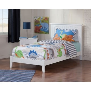 Nantucket Twin XL Traditional Bed in White