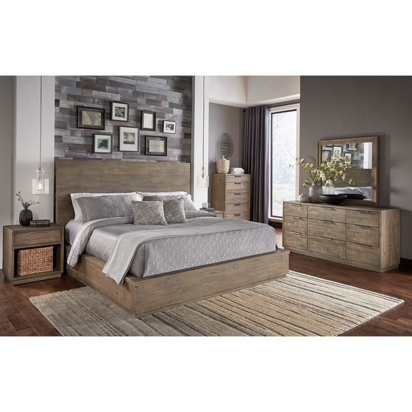 Simply Solid Holsten Solid Wood 4-piece Bedroom Collection