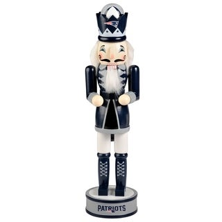 Forever Collectibles New England Patriots Holiday Nutcracker - multi