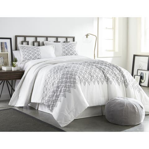 Porch & Den Graf Glam 3-piece Comforter Set