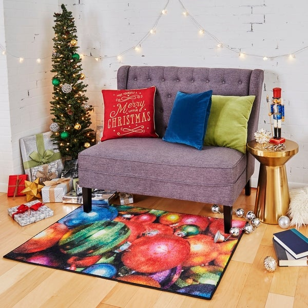 "Mohawk Home Prismatic Christmas Ornaments Multi Area Rug - 2'6"" x 4'2"""