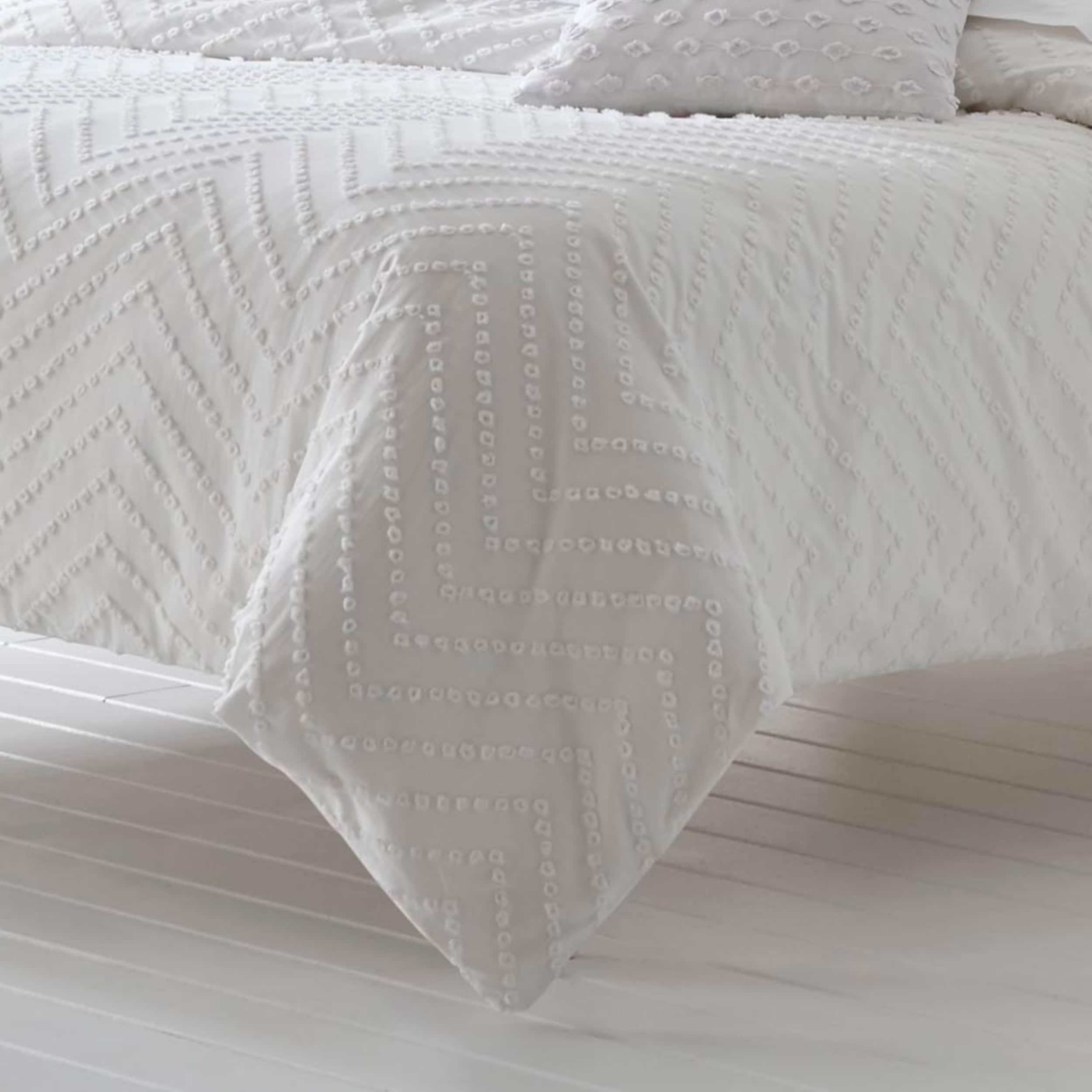Trina Turk Freya White Duvet Cover Set On Sale Overstock 24331037