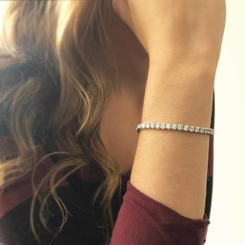 14KW Straight Line Diamond Tennis Bracelet - 7 CTTW - White